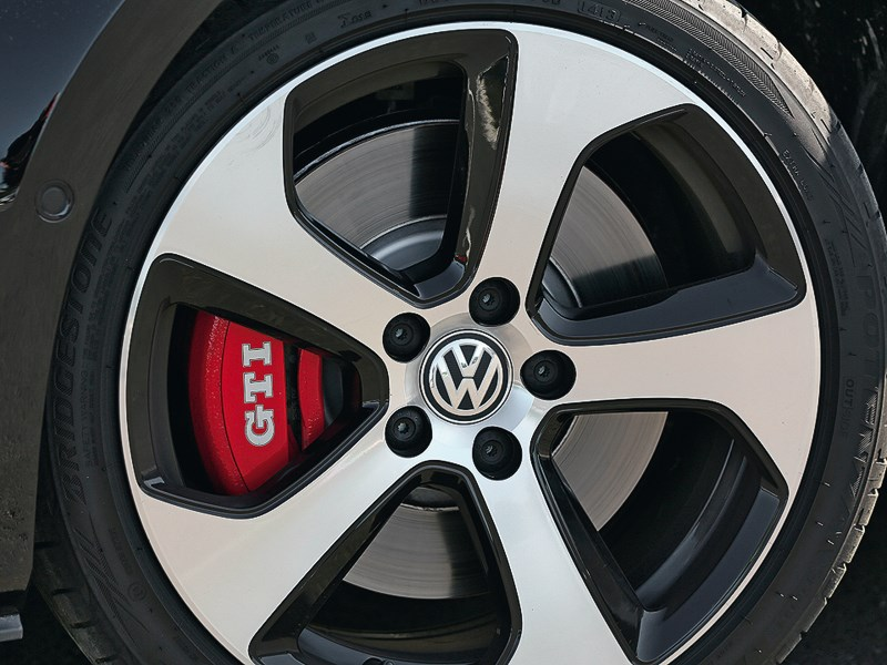 Volkswagen Golf GTI Performance 2013 колесо