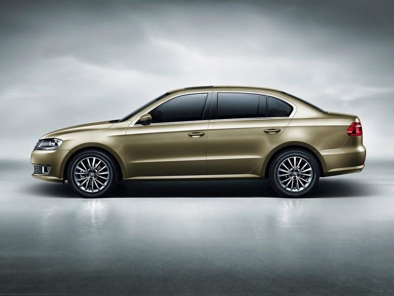 Volkswagen Lavida 2013 вид сбоку