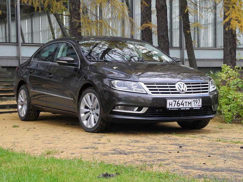 Volkswagen Passat CC 2013 вид спереди