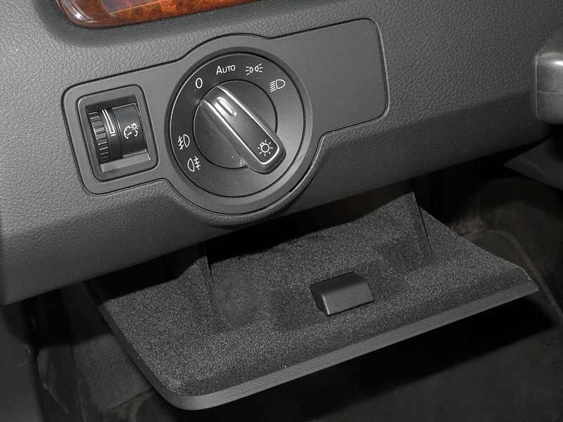 Volkswagen Passat CC 2013 бардачок