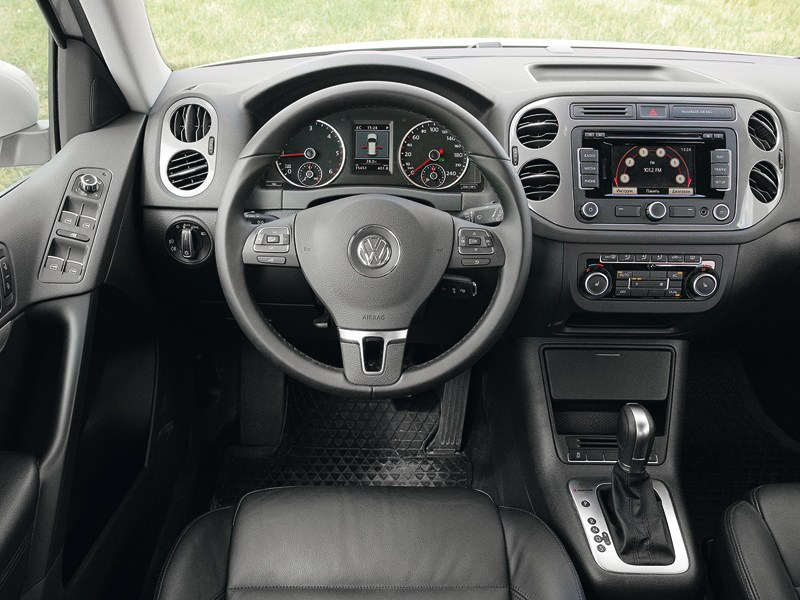 Volkswagen Tiguan 2011 водительское место