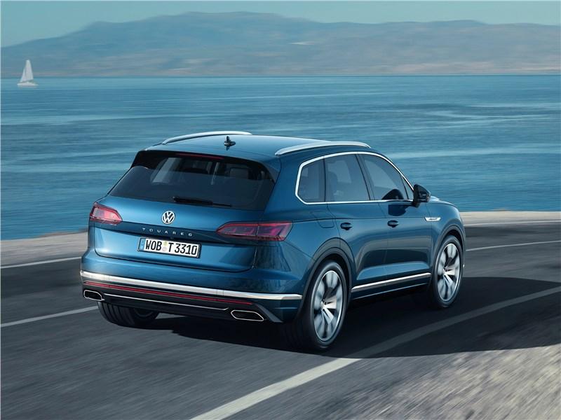 Volkswagen Touareg 2019 вид сзади