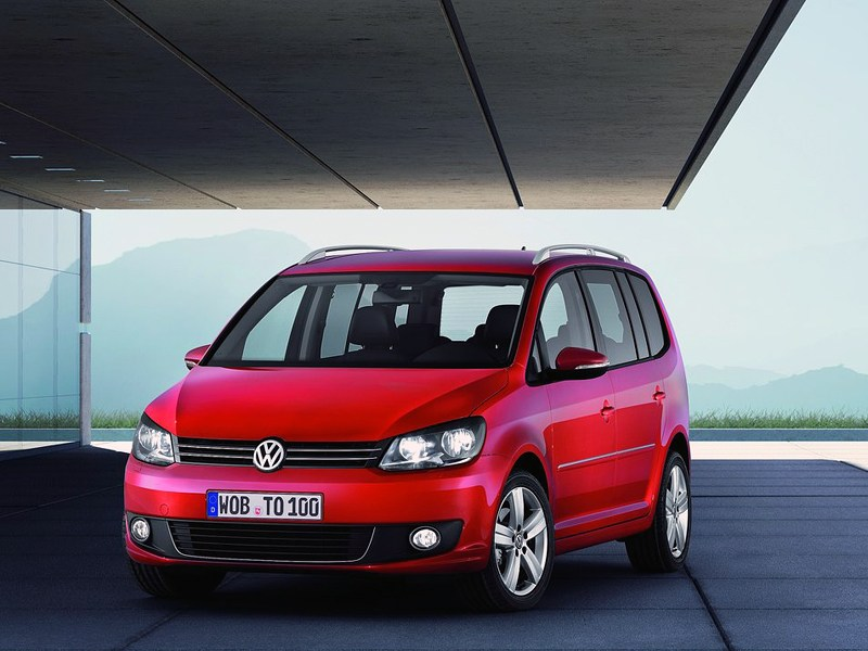 Удобно и практично (Ford Focus C-Max, Opel Zafira, VW Touran) Touran поколение III