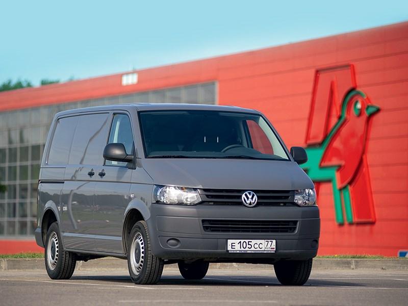 Volkswagen Transporter T5 2009 вид спереди