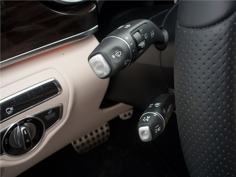 Mercedes-Benz V-Klasse 2014 подрулевые лепестки