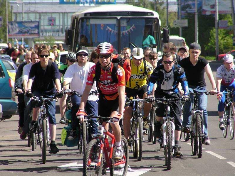 Сенатор предлагает ставить на учет в ГАИ велосипеды