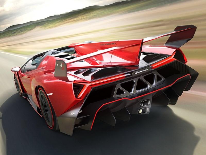 Lamborghini Veneno Roadster 2014 вид сзади