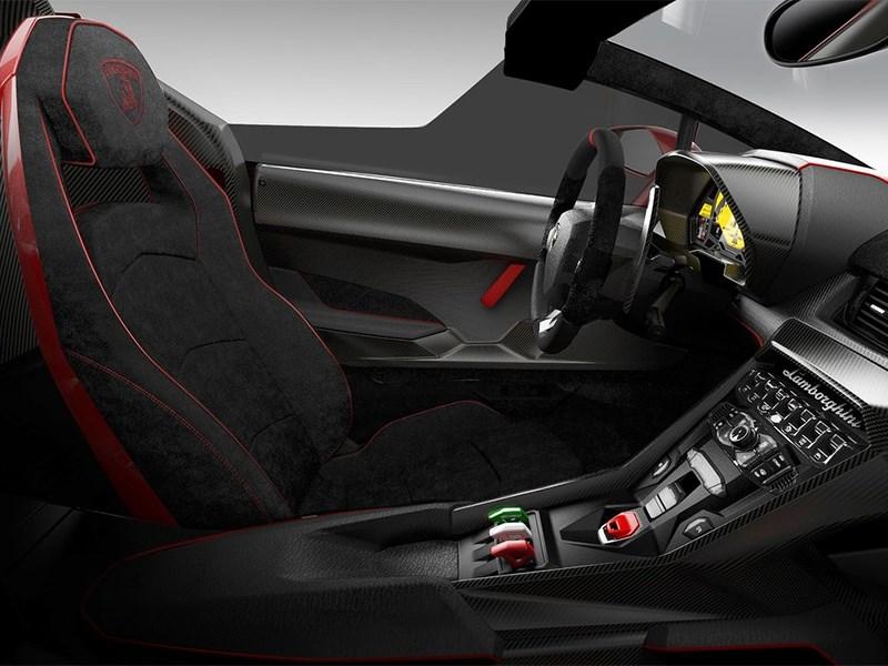 Lamborghini Veneno Roadster 2014 водительское место