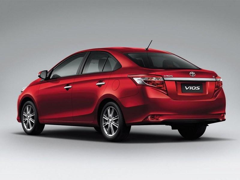 Toyota Vios 2013 вид сзади