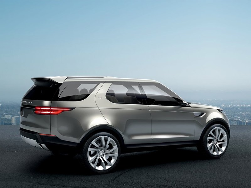 Land Rover Discovery Vision 2014 вид сбоку сзади