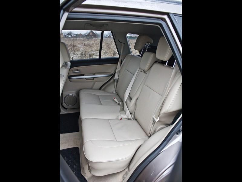 Suzuki Grand Vitara 2012 задний диван