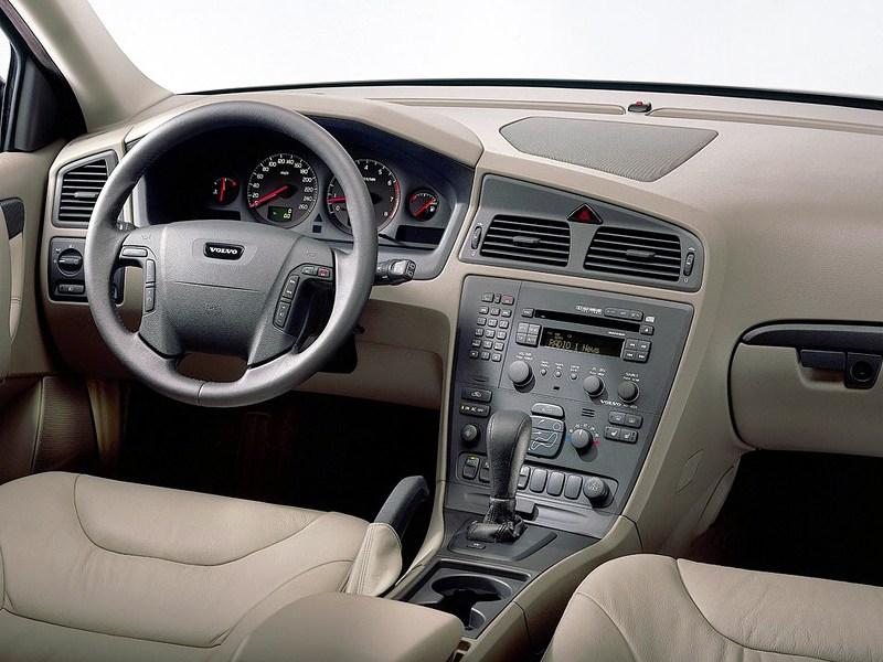 Volvo V70 2001 имел отличную эргономику