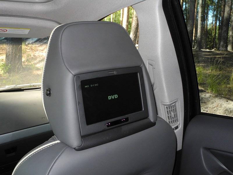 Volvo XC90 2012 экран видеосистемы