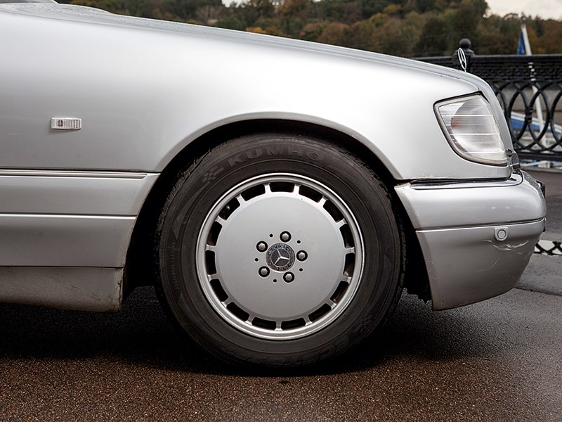 Mercedes-Benz S-Klasse 1997 переднее колесо
