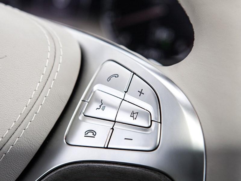 Mercedes-Benz S 500 LONG 2013 кнопки управления на руле