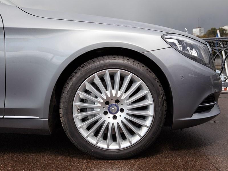 Mercedes-Benz S 500 LONG 2013 переднее колесо