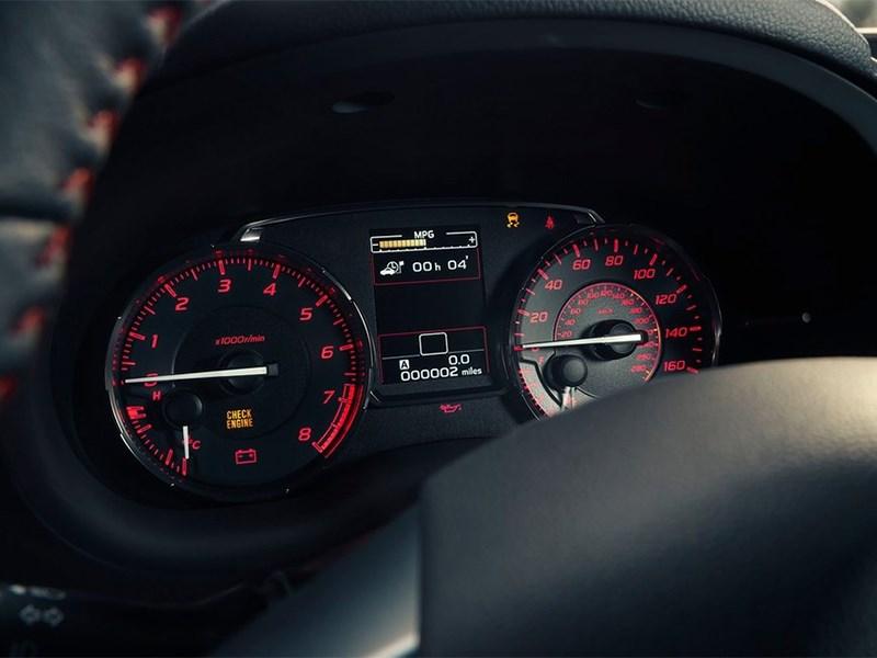 Subaru WRX 2015 приборная панель