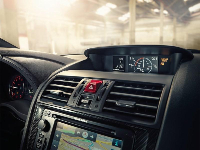 Subaru WRX 2015 мониторы