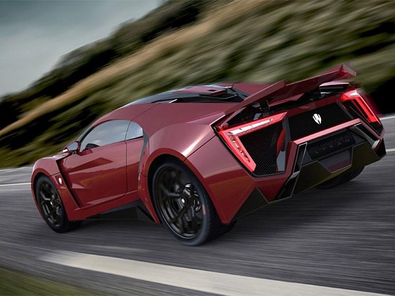 W Motors Lykan Hypersport 2013 красный вид сзади