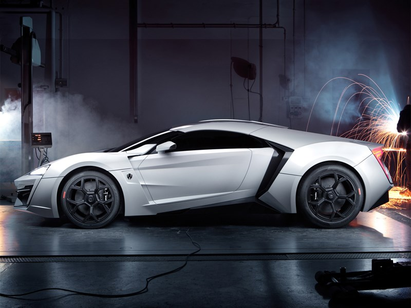 W Motors Lykan Hypersport 2013 вид сбоку