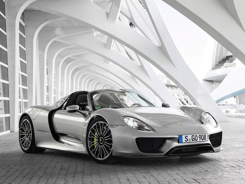 Porsche объявила об отзыве одного автомобиля в России