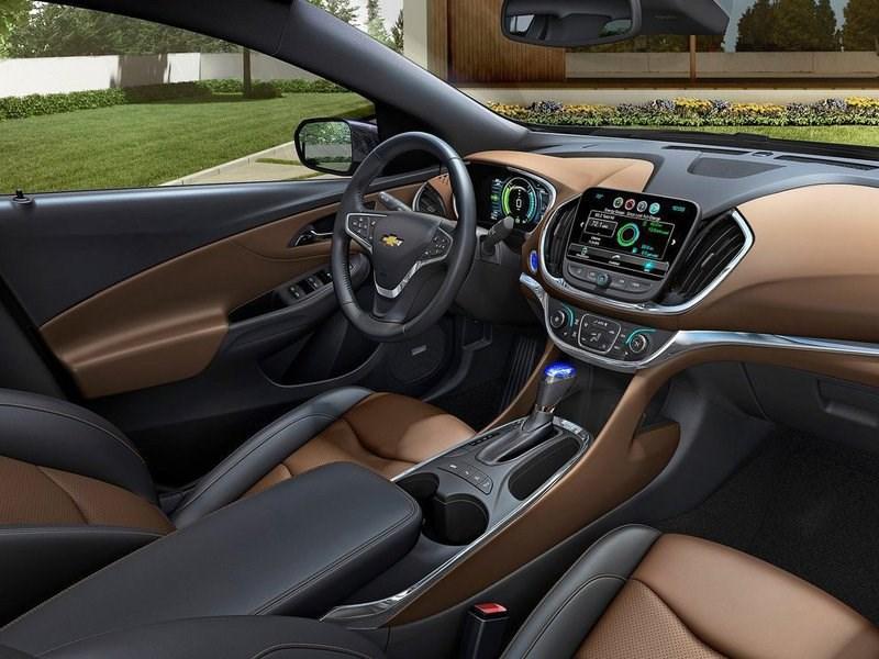 Стивен Моррисси просит General Motors отказаться от кожаной отделки в электрокарах