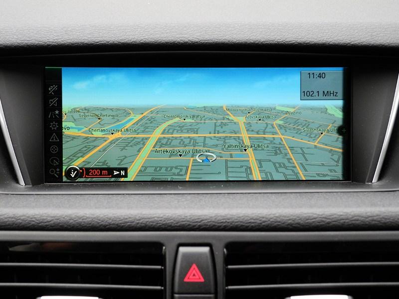 BMW X1 2012 дисплей системы навигации