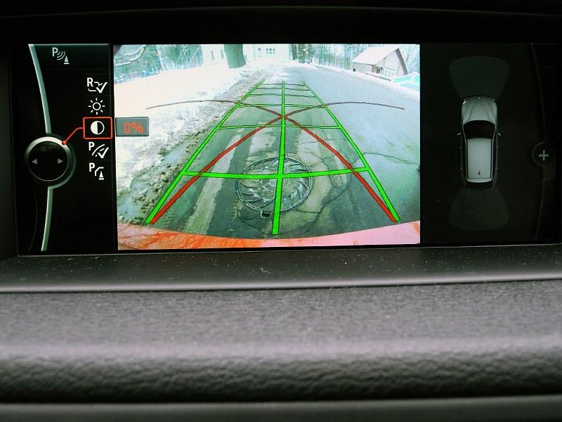 BMW X1 2012 дисплей камеры заднего вида
