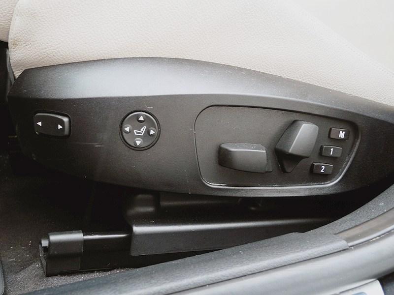 BMW X1 2012 регилировка седений