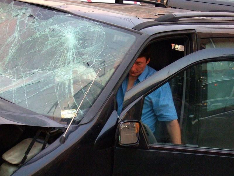 Скрывшихся с места ДТП приравняют к пьяным водителям