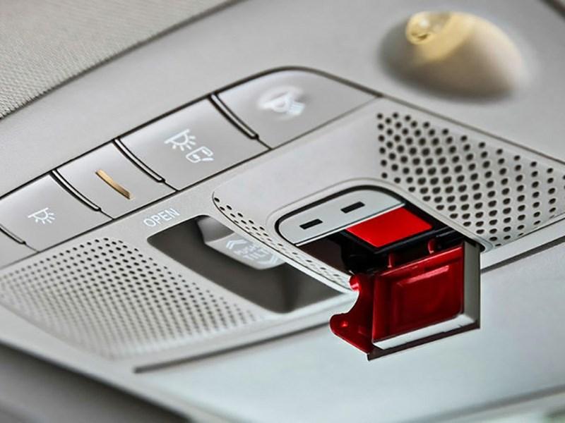Терминалы «ЭРА-ГЛОНАСС» получат коммерческую кнопку