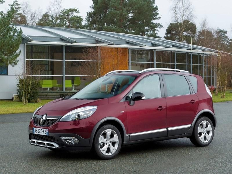 Новый Renault Scenic - Renault Scenic 2012 вид спереди