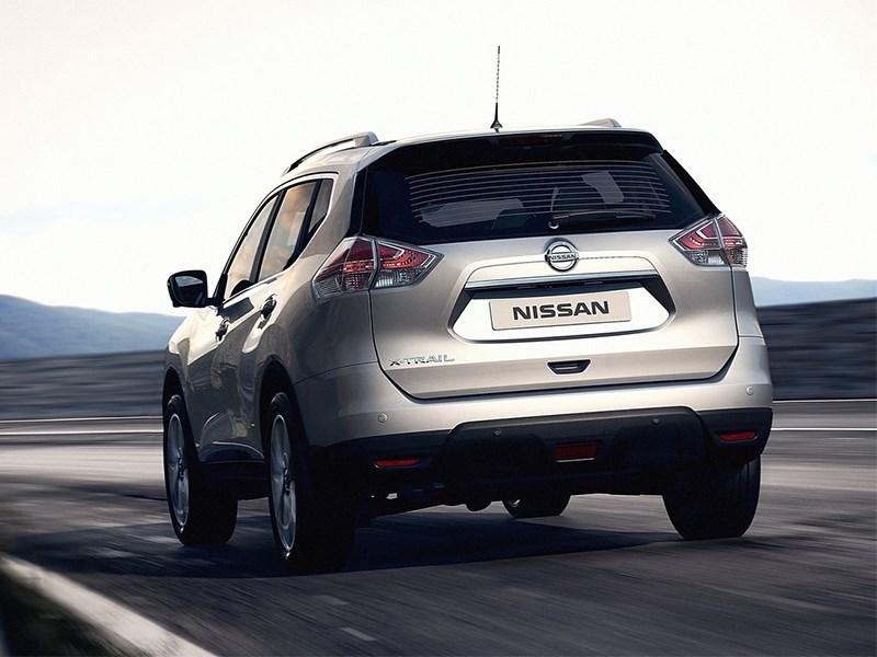 Nissan X-Trail 2014 вид сзади