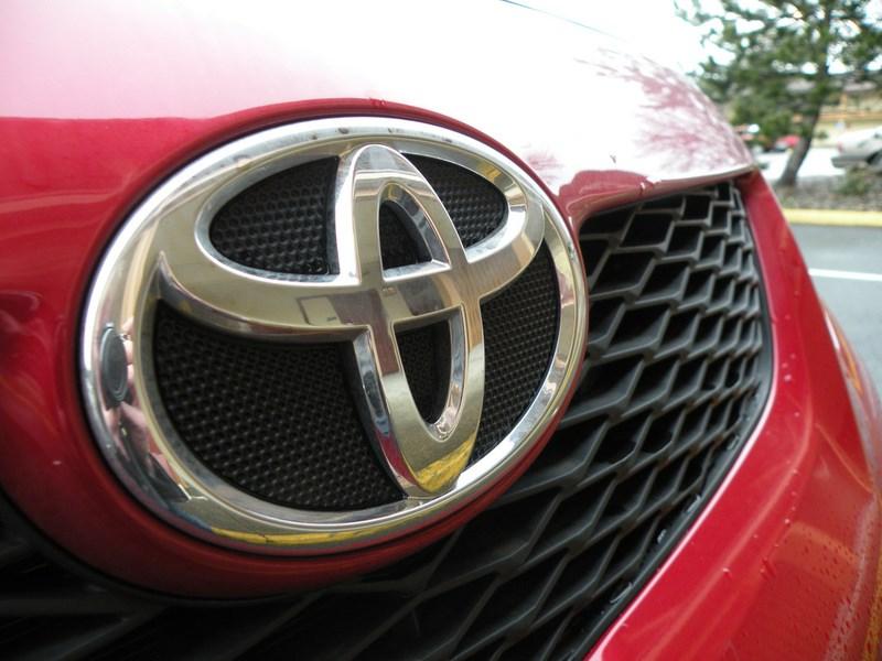 По итогам года продажи Toyota сократились на 3,6 процента
