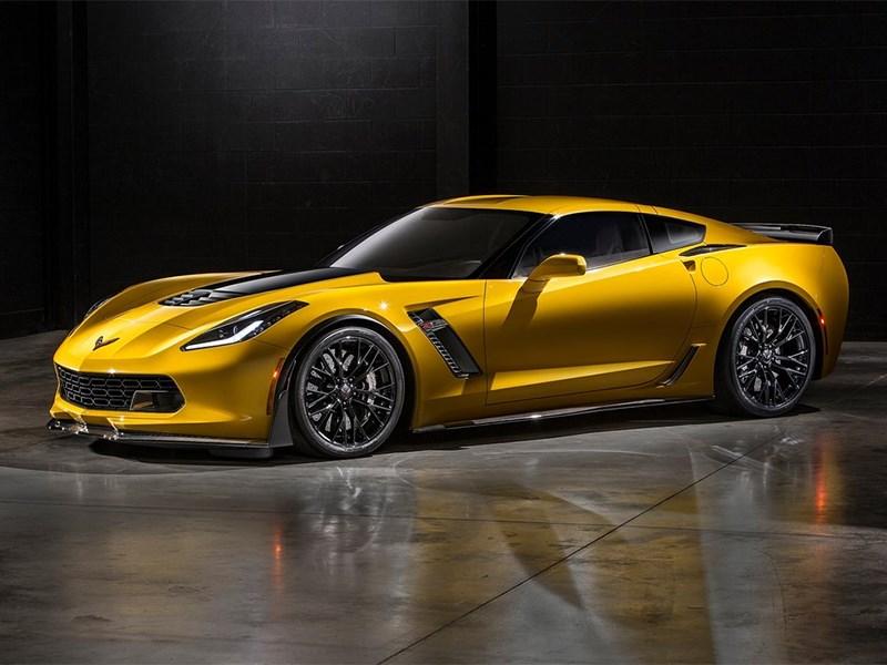Chevrolet Corvette Z06 2015 вид сбоку