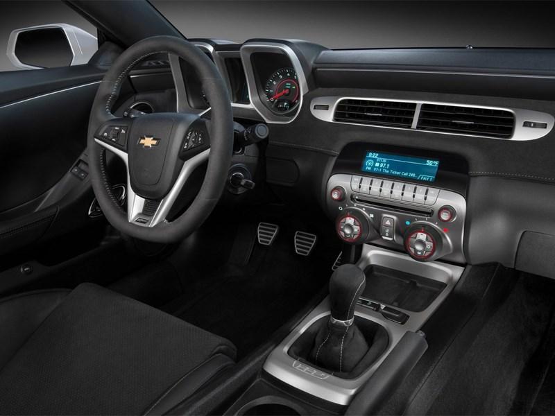Chevrolet Camaro Z/28 2014 водительское место