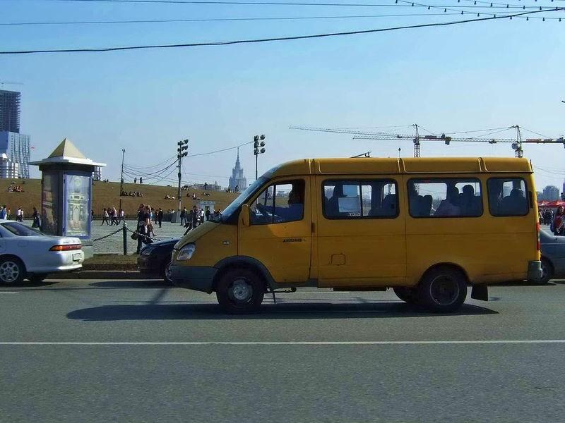 Маршрутным такси установили предел максимальной скорости
