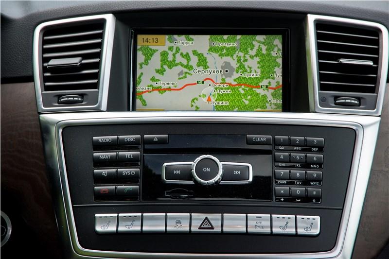 Mercedes-Benz M-klasse 2012 дисплей мультимедийной системы