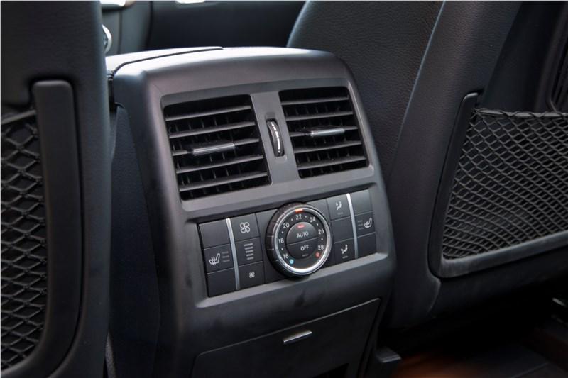 Mercedes-Benz M-klasse 2012 блок управления климатом для задних пассажиров