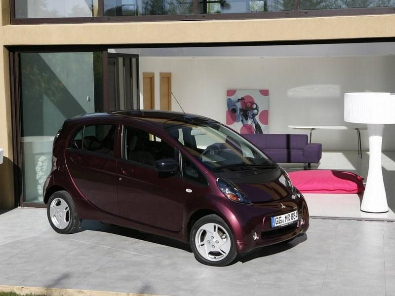 Mitsubishi прекращает продажи электрокара i-MiEV