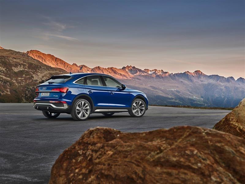 В Россию приехал новый Audi Q5 Sportback