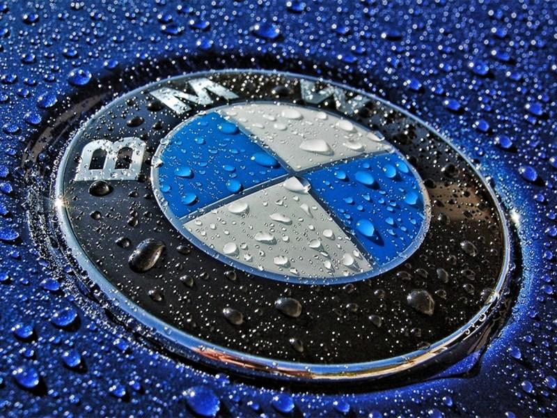 BMW взял на вооружение передний привод