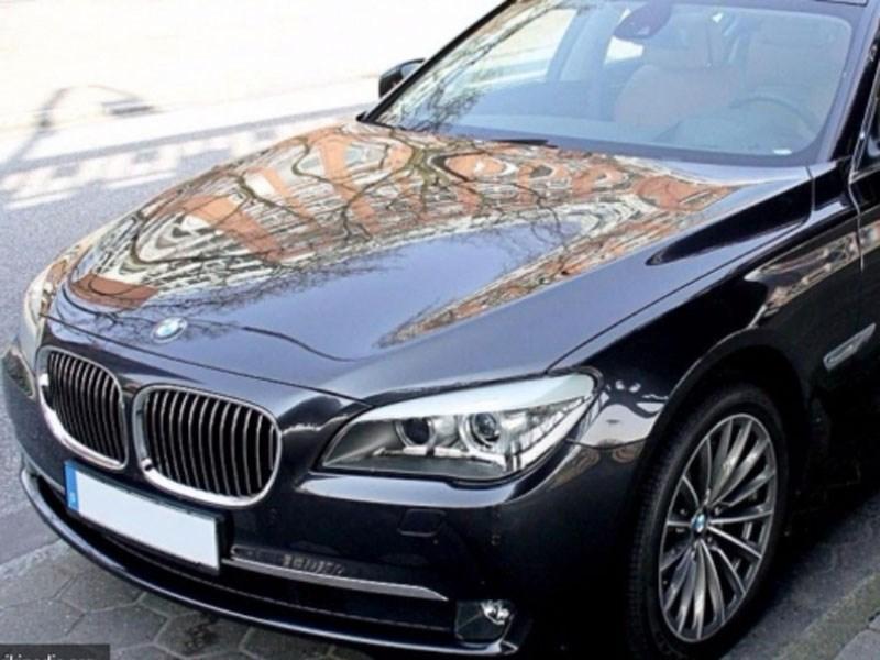 BMW 7 серии подстроился под российских чиновников
