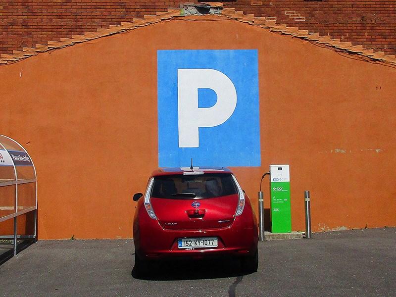 Правительство РФ планирует «подогреть» рынок электрокаров новыми льготами
