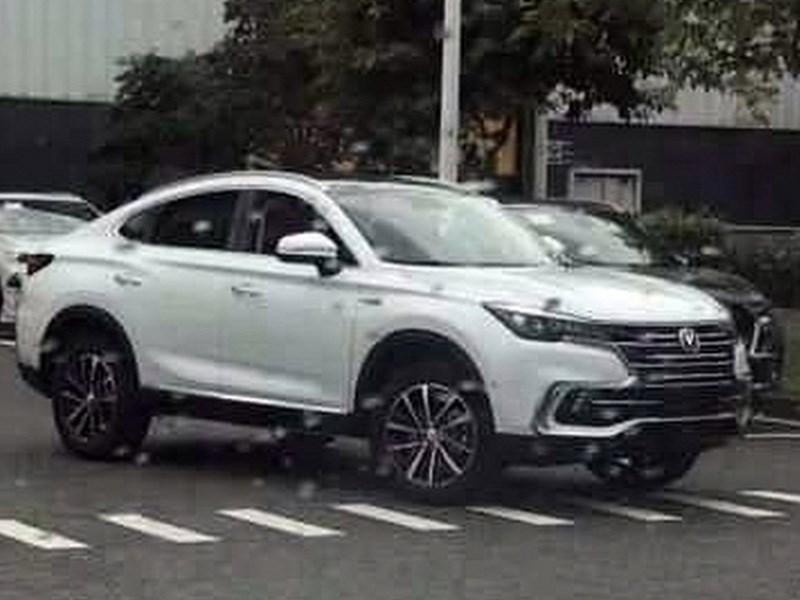 Китайцы готовят конкурента кросс-купе Renault