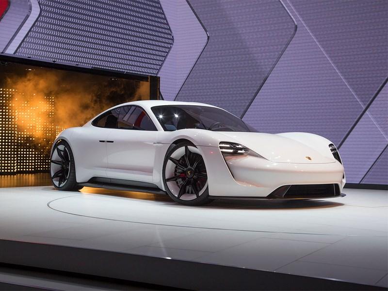 Первый электрокар Porsche появится в 2020 году