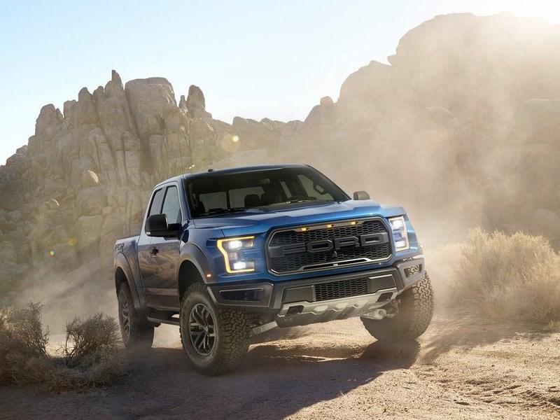 Ford добавил пикапу F-150 Raptor режим «высокоскоростной езды по пустыне»