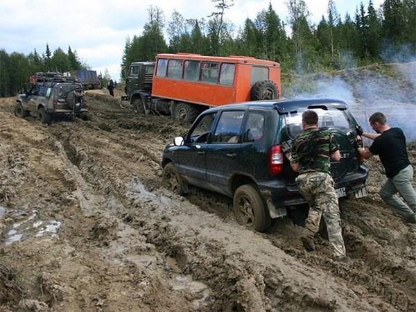 России нужно 10 веков на создание сети дорог общего пользования