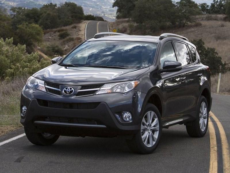 Российские продажи Toyota в ноябре выросли на 6,7 процентов