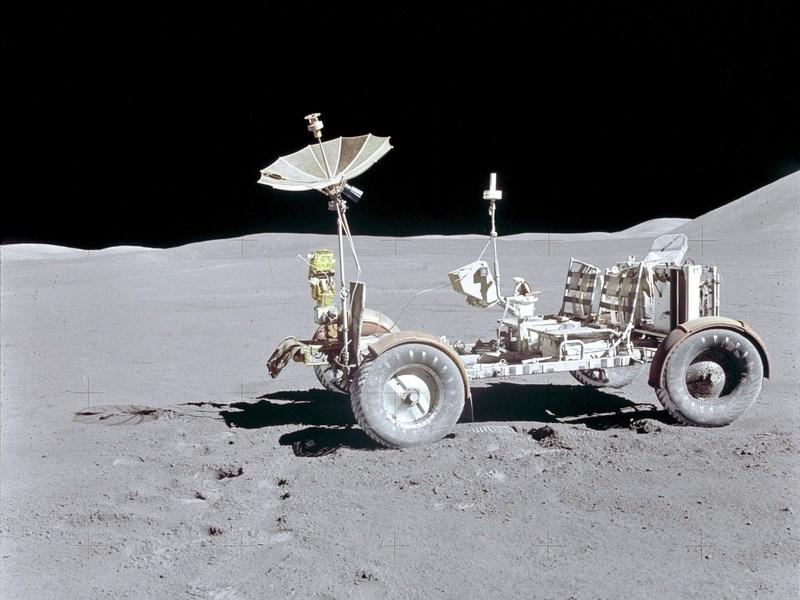 General Motors будет разрабатывать лунный транспорт